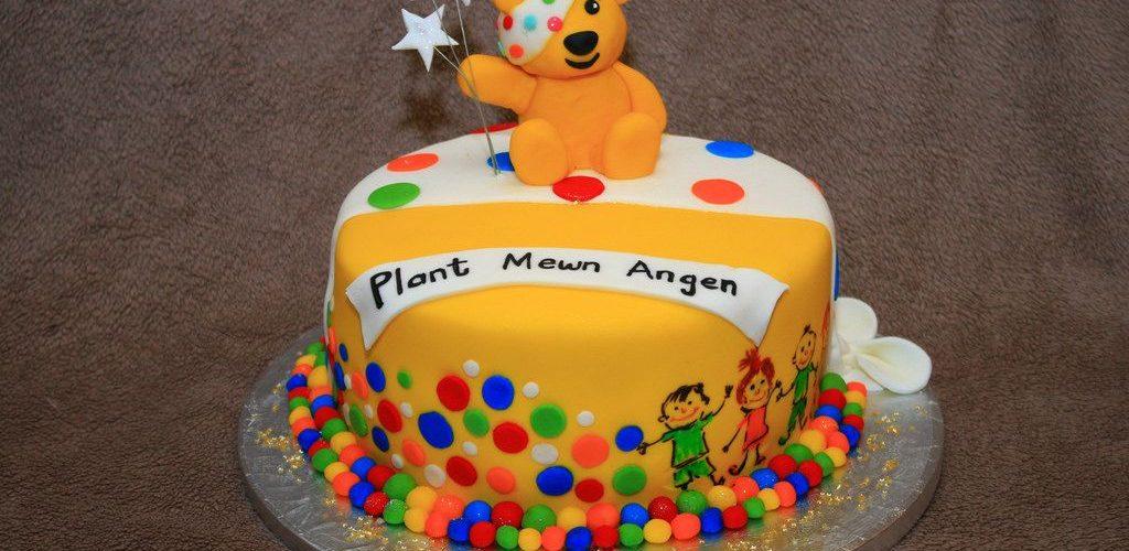 Ozdoby do tortów, czyli piękna słodycz
